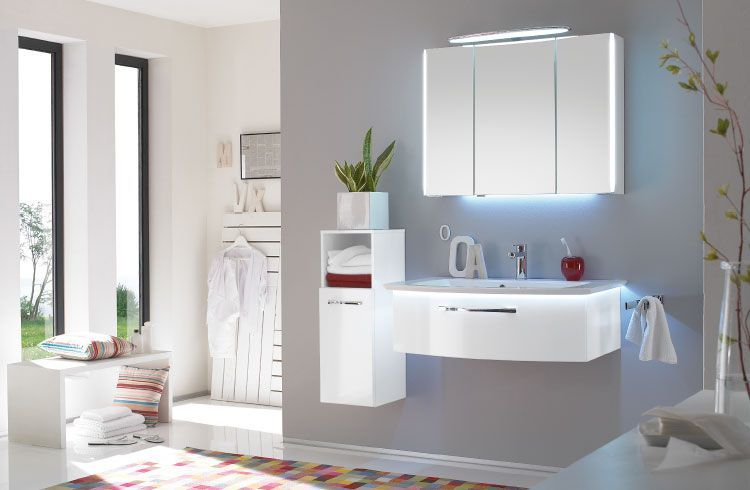 moebel-berning-wohnen-badmoebel-badezimmer-hochglanz-weiss-schminktisch-lingen-rheine-led
