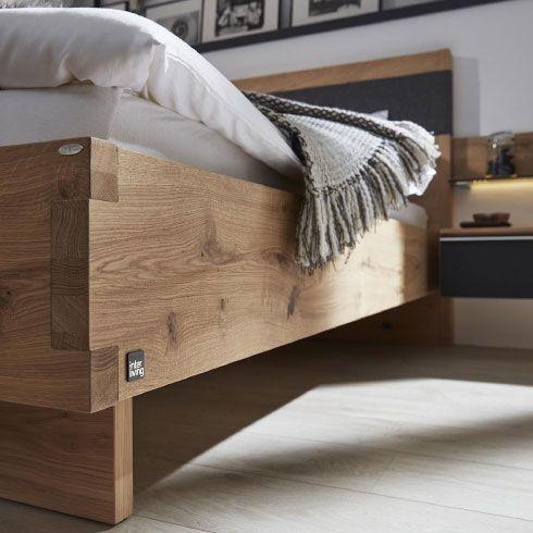 moebel-berning-lingen-rheine-wohnwelten-schlafen-komfortzimmer-interliving-bett-kleiderschrank-kommode-sideboard-led-beleuchtung-balkaneiche-massiv-anthrazit