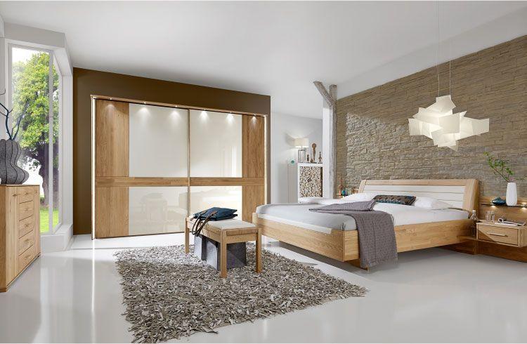 moebel-berning-lingen-rheine-schlafen-komfortzimmer-eiche-magnolie-bett-kleiderschrank-kommode-glastuer-sideboard-ankleidbank-led-beleuchtung