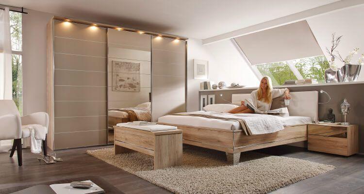 moebel-berning-lingen-rheine-markenwelten-schlafen-staud-schlafzimmer-bett-holz-kleiderschrank-nachtkonsole-bank-beleuchtung