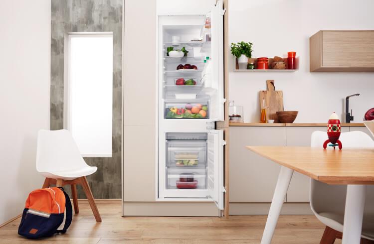 moebel-berning-kuechenstudio-lingen-rheine-osnabrueck-elektrogeraete-privileg-kühlschrank