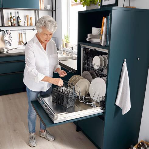 moebel-berning-kuechenstudio-lingen-rheine-osnabrueck-kueche-kaufen-schueller-ergonomie-kueche.