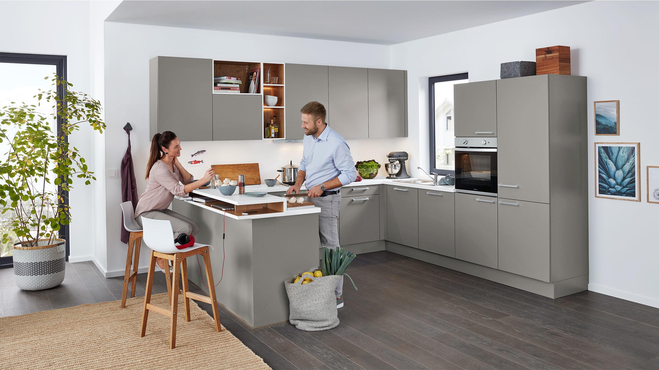 Wert U-Küche in Achatgrau Uni Matt eiche » Küchen