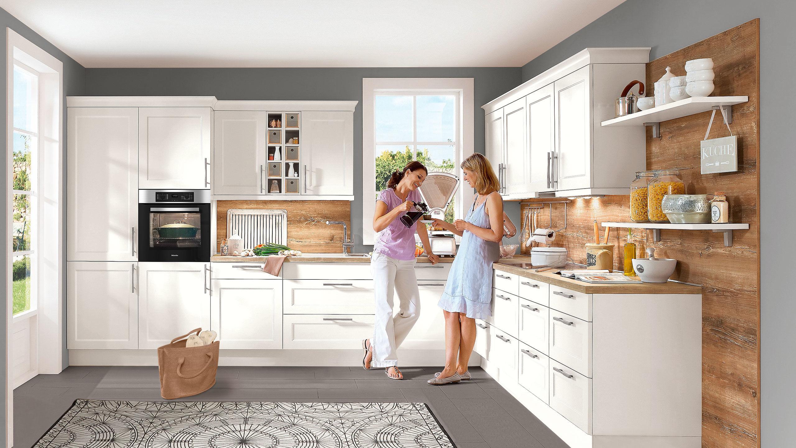 Nobilia Landhaus-Einbauküche Chalet 885 weiss matt » Küchen