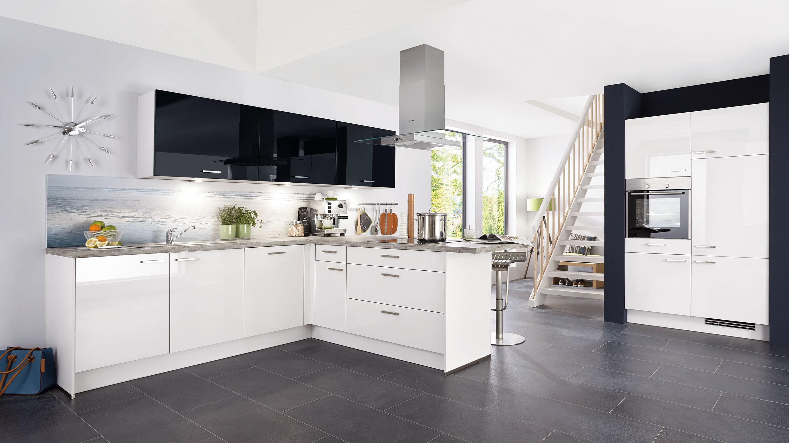 Große L-Küche \