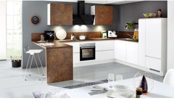 Kontrastreiche L-Küche Fashion von Nobilia mit Front in Mattlack, Alpinweiß und Bronze