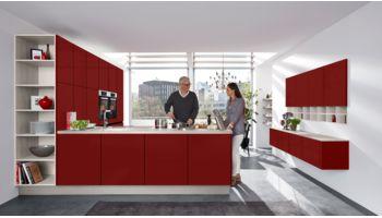 Auffällige L-Küche Delta von Culineo mit Front in Matt, Korallrot Rot