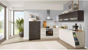 Praktische L-Küche von Interliving Serie 3009 mit Front in Lack Softmatt, Sahara und Eiche geflämmt