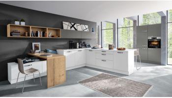 Einladende L-Küche Nora von Wert Küche mit Front in Weiß und Achatgrau Eiche