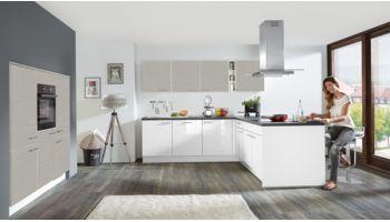 Zeitgemäße L-Küche Focus von Nobilia mit Front in Hochglanz, Weiß Rot