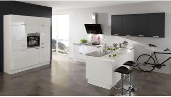 3-teilige L-Küche Fiona von Wert Küche mit Front in Lack Hochglanz, Kristallweiss und Lavaschwarz Weiss