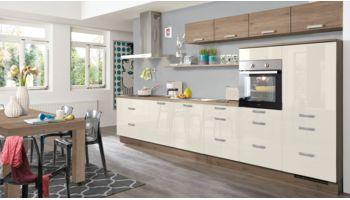 Praktische Küchenzeile Flash von Nobilia mit Front in Hochglanz, Seidengrau Eiche