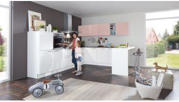 Familienküche Manhattan von Nolte Küchen mit Front in Weiss