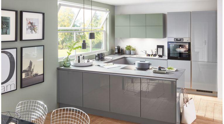 Moderne U-Küche Focus von Nobilia mit Front in Lack Hochglanz, Mineralgrau