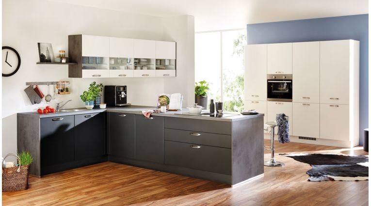 Großzügige L-Küche Touch von Nobilia mit Front in Matt, Schwarz und Alpinweiß