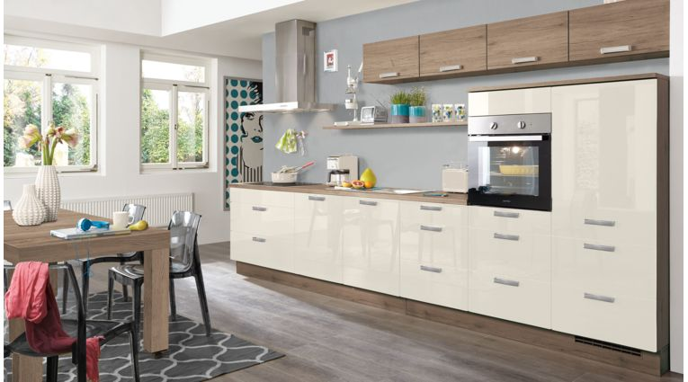 Praktische Küchenzeile Flash von Nobilia mit Front in Hochglanz, Seidengrau