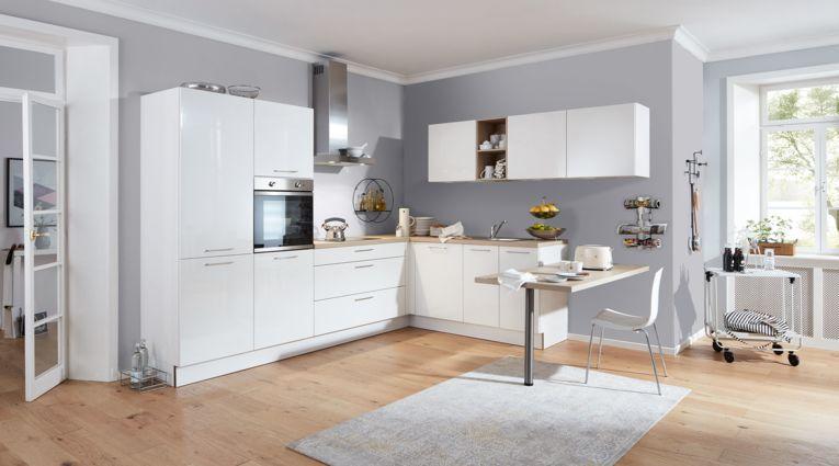 Offene Küche von Interliving Serie 3018 in Front Hochglanz, Weiss