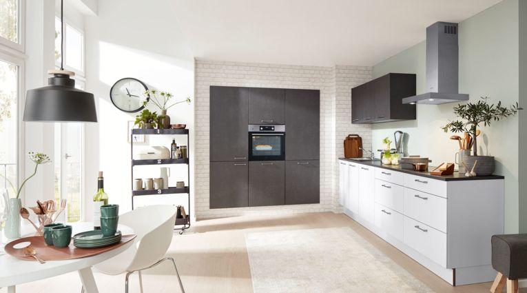 Praktische Küchenzeile Serie 3019 von Interliving mit Front in Softmatt, Weiss