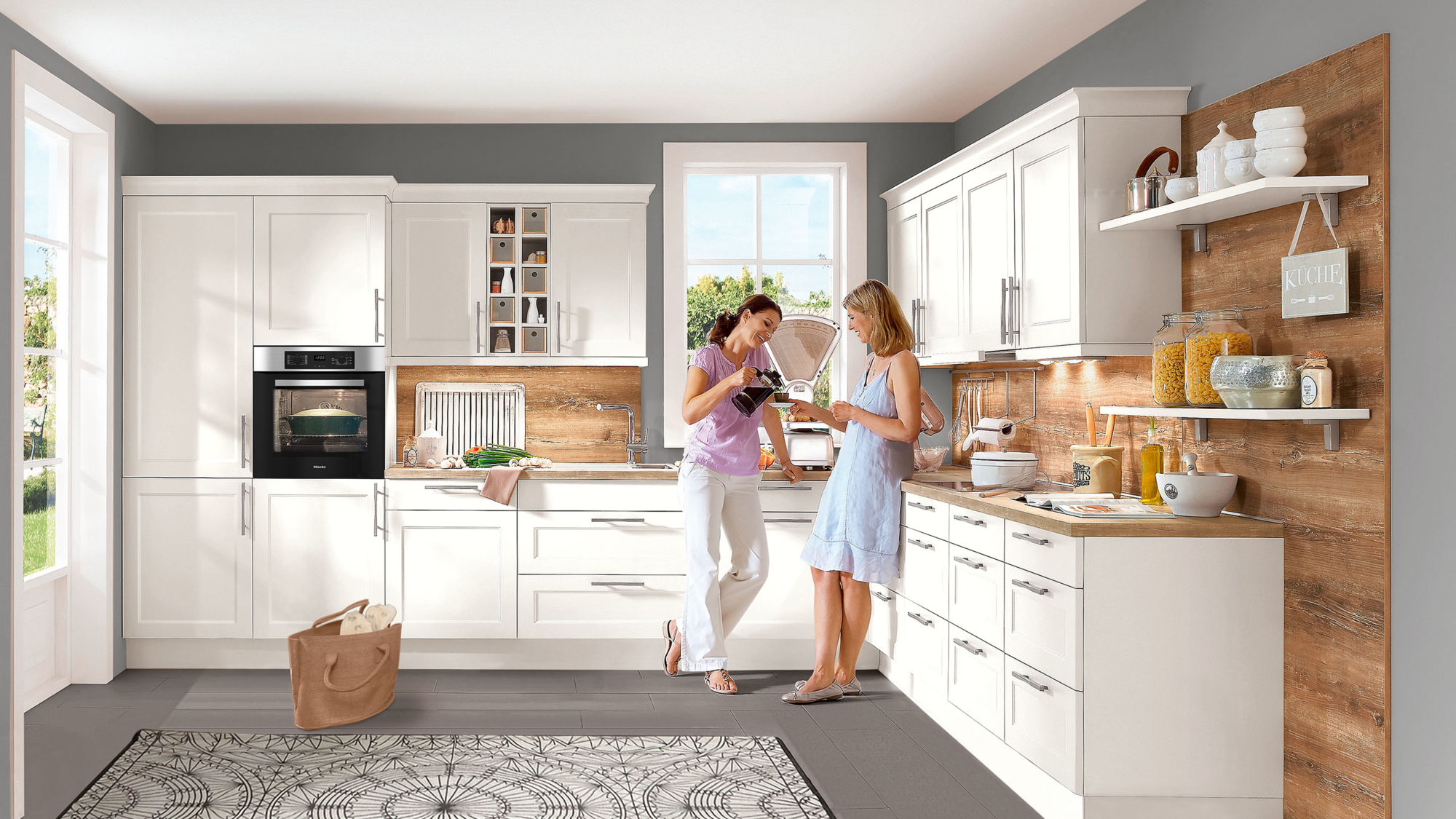 Großzügige Landhaus Einbauküche Chalet von Nobilia in Matt, Weiß